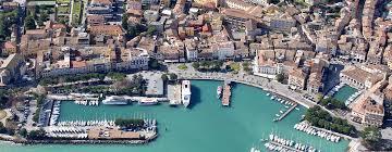 La ricerca dell'hotel ideala diventa facile e veloce grazie al portale Desenzano.it.
